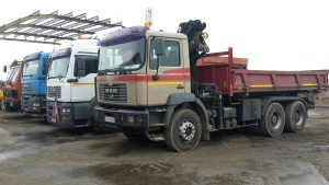 Inchirieri utilaje camion cu Hiab